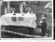 Templemore, Irlande , des statues et des saintes images opèrent des miracles Auteur : Agence Rol. Date d'édition : 1920 Archives BNF