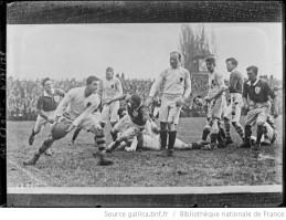 Twickenham, février 1921, match [de rugby] Irlande contre Angleterre Auteur : Agence Rol. Date d'édition : 1921 Archives BNF